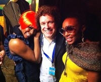 Leo Sayer with the Chic singers Kimberley Davis (left) and Folami (right)