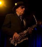 Van Morrison photo by Ros O'Gorman images noise11.com