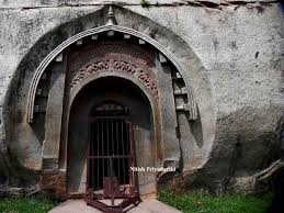 Tourist places to visit in Gaya - Barabar Caves