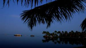 Tourist places to visit in Kumarakom - Vembanad Lake