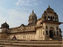 Tourist places to visit in Orchha - Laxmi Narayan Temple