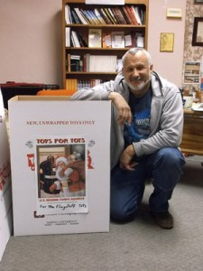 300px-toys-for-tots02