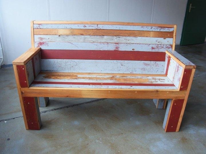 a_bench3