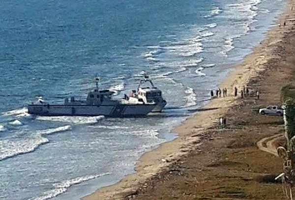 ¡Atentos! Abandonaron dos barcos militares en la isla de Margarita