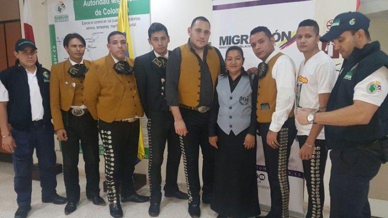mariachis-jpeg_1187729724