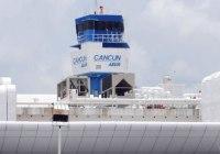 Tormenta de nieve 'paraliza' 42 vuelos hacia y desde #Cancún