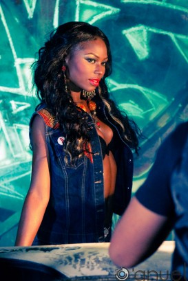 Niyola at Dont Delay video shoot-002