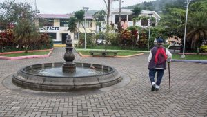 Morning in Pacto, Fountain