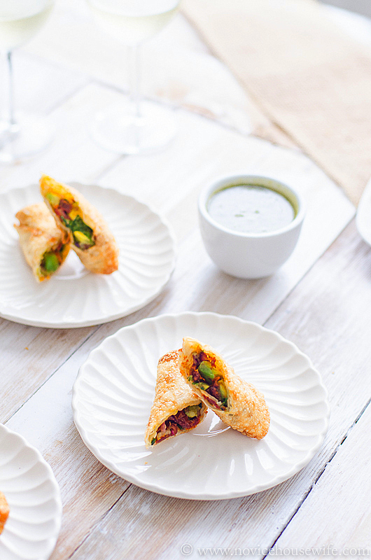 CheeseCake Factory Avocado Egg Rolls #copycat #recipe by the Novice Housewife