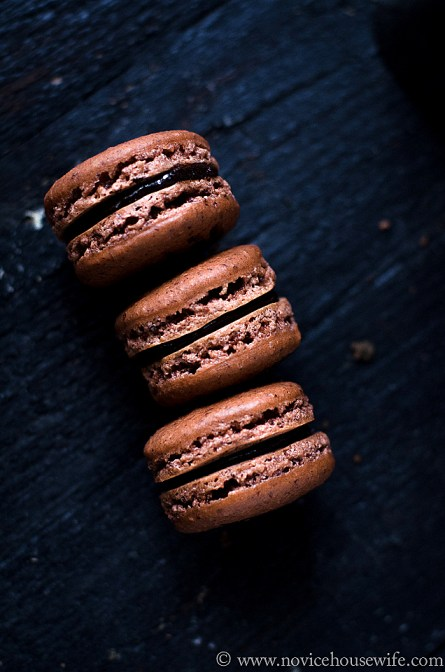 Hazelnut Macarons with Hazelnut Chocolate Ganache by The Novice Housewife #macarons