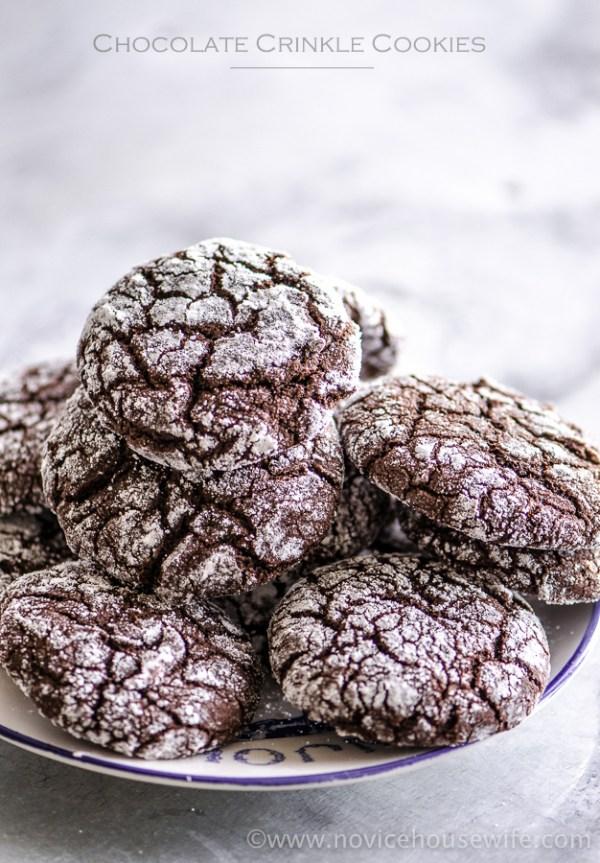 Chocolate Crinkle Cookies| The Novice Housewife