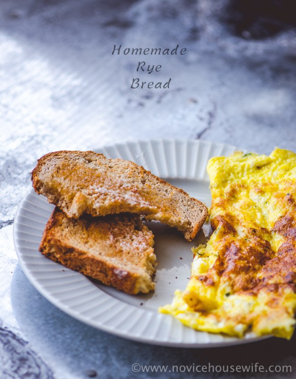 Homemade Rye Bread | The Novice Housewife