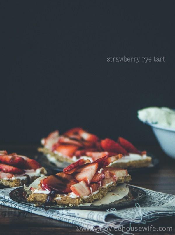 Strawberry Rye Tart | The Novice Housewife