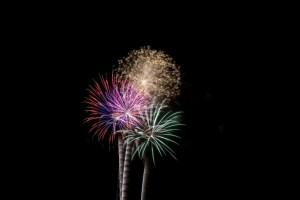 fireworks-1373112119o77