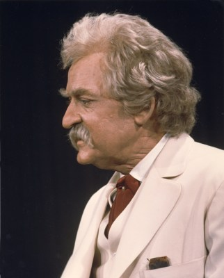Things to do in Nashville | Hal Holbrook in Mark Twain Tonight