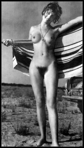 artistic nudes jung und frei