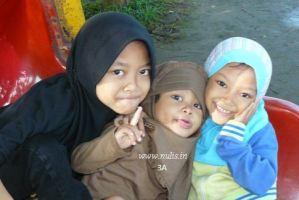 Bagaimana Mengajari Anak Kecil Berpuasa (Melakukan Amalan Wajib Lainnya)?