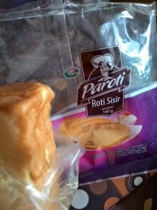Roti Sisir Sharon : Menteganya Lengket, Dimulut Pahit