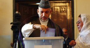 hamid-karzai-vote