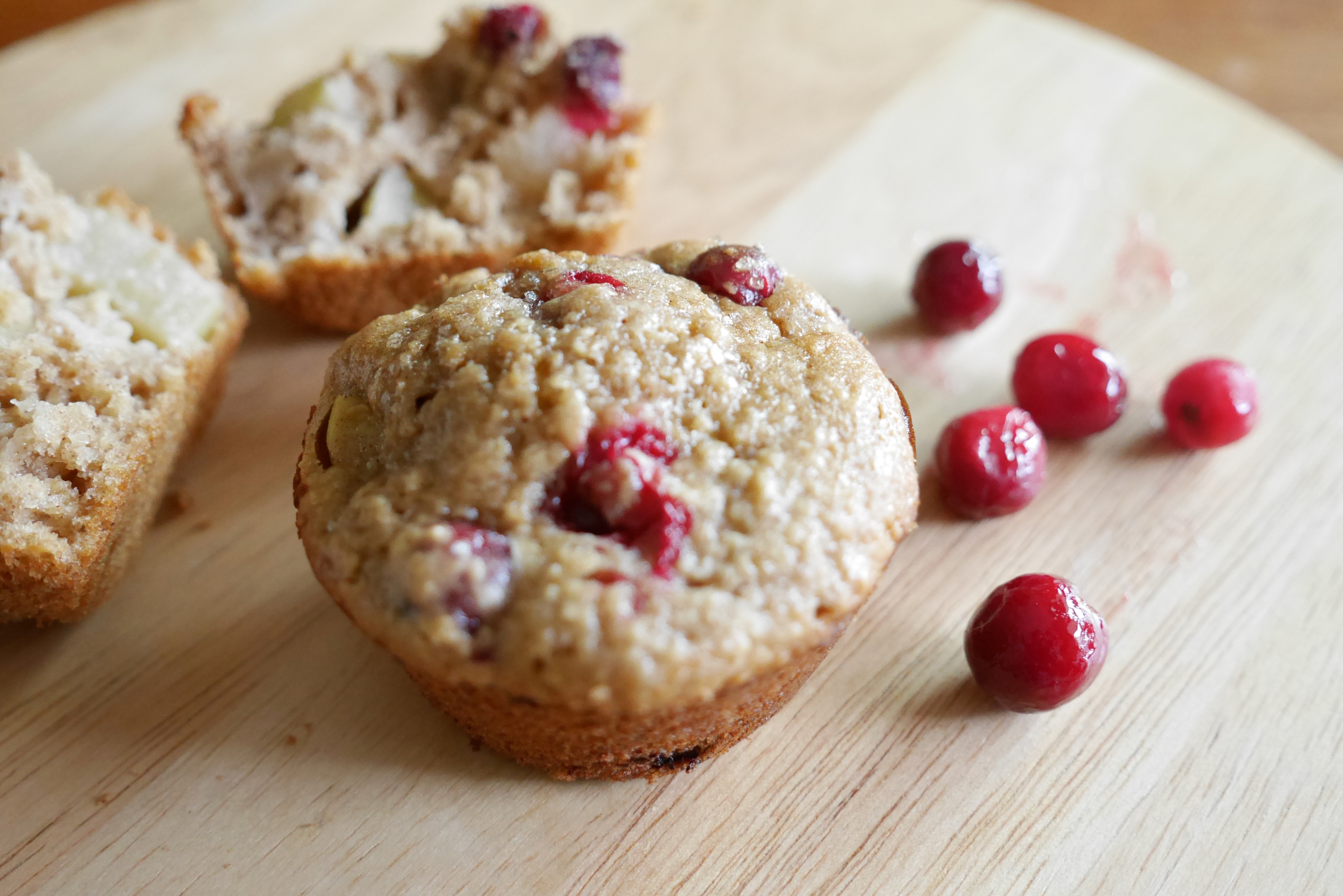 Cranberry Apple Oatmeal Muffins | The Nutty Nutritionist