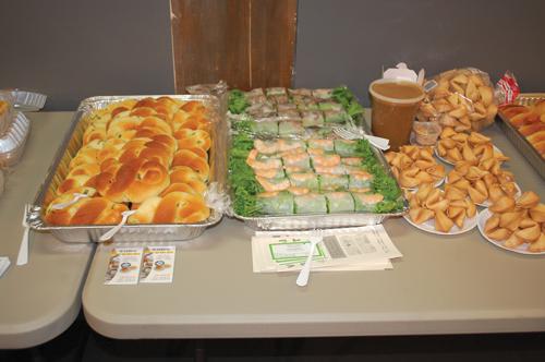 http://i2.wp.com/www.nwasianweekly.com/wp-content/uploads/2012/31_36/blog_food.JPG?resize=500%2C332