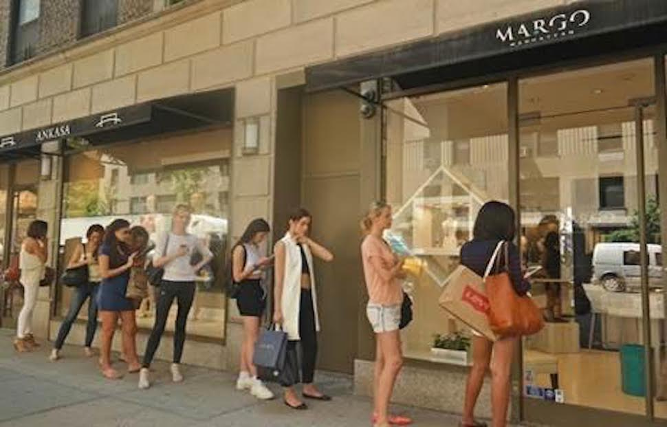 150 Models Stop Traffic On Madison Ave