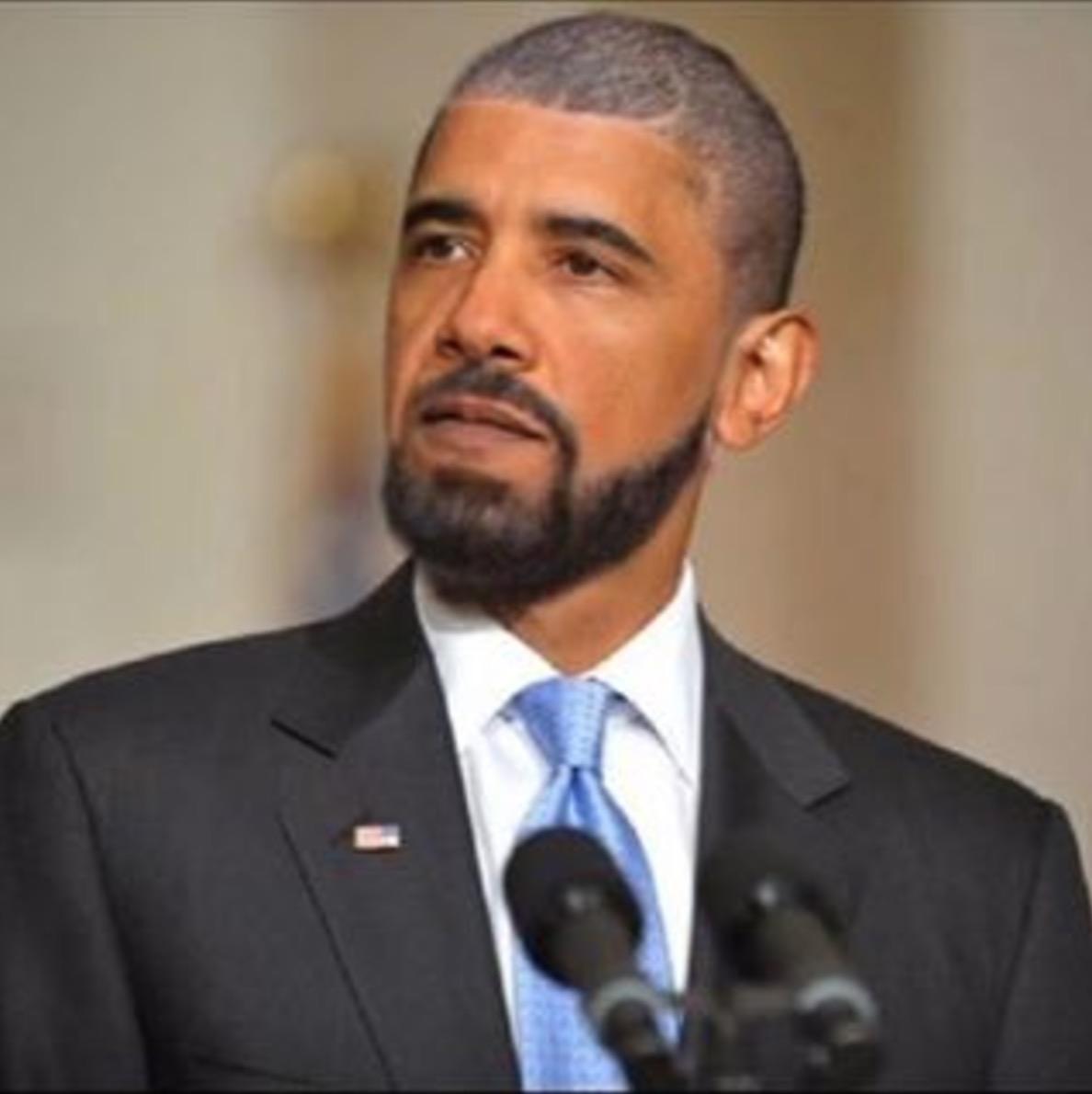 """""""Call me Drama"""" Drake Insta's his Facemash of Potus"""