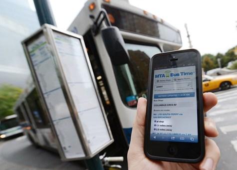 MTA's Bus Time program arrives in Manhattan