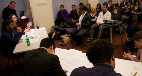 College Democrats, Republicans square off in debate