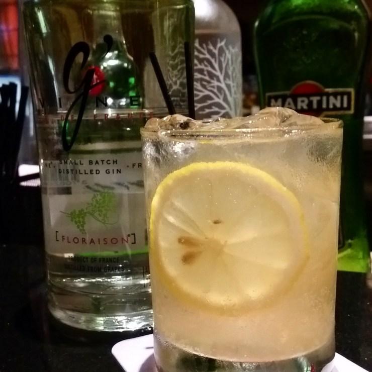 OakMonster.com - Fillets Bangkok - Gin and Tonic