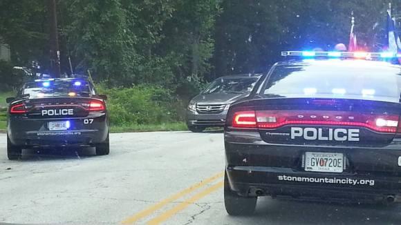 Facebook buzz: black male opens fire on pro-Confederate caravan in Stone Mountain