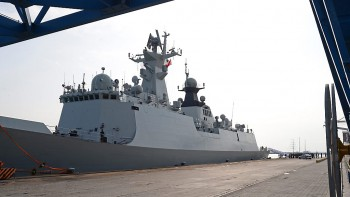 Chinese navy frigate 'Yancheng' is seen at Limassol port in Cyprus, 04 January 2014, as part of a mission to remove Syria's chemical weapons.