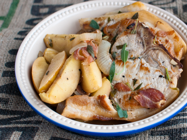 Pork with apples and beer