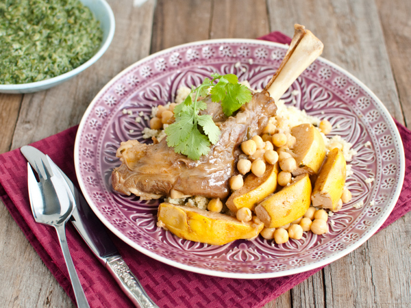 Lamb shanks with quince and chickpeas