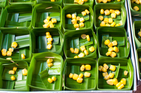 Pandan boxes with corn