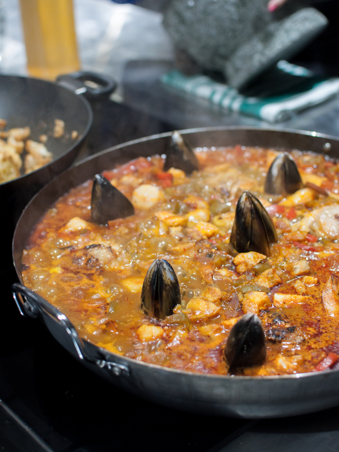 Paella cooking