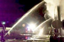 Incendio alla palestra di Sale, bruciano 100 mq di parete