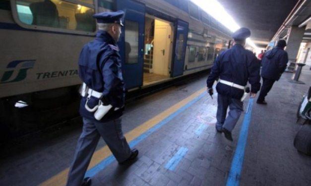 Rubano  su un treno fermo a Serravalle, rintracciati dalla  Polizia in meno di 12 ore