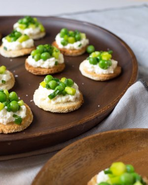 0715-tea-sandwich-pea-asparagus-ricotta-4