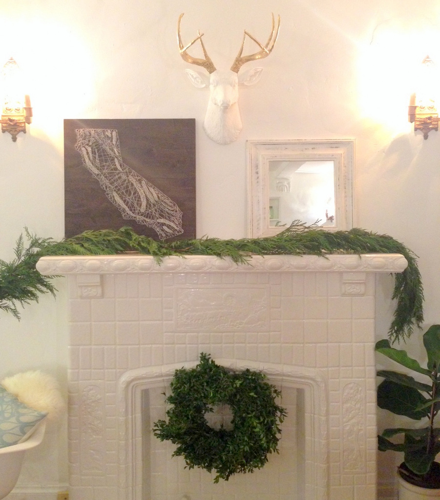 creation of a holiday mantle | Oh Lovel