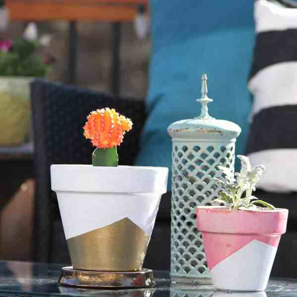 DIY  //  GEOMETRIC PAINTED PLANTER