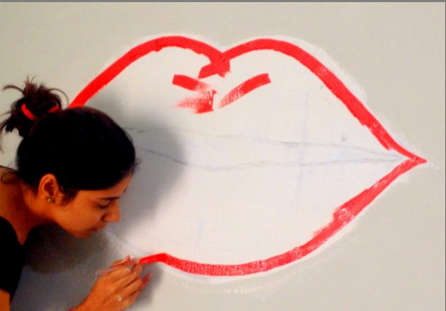 Lip Art wall paint