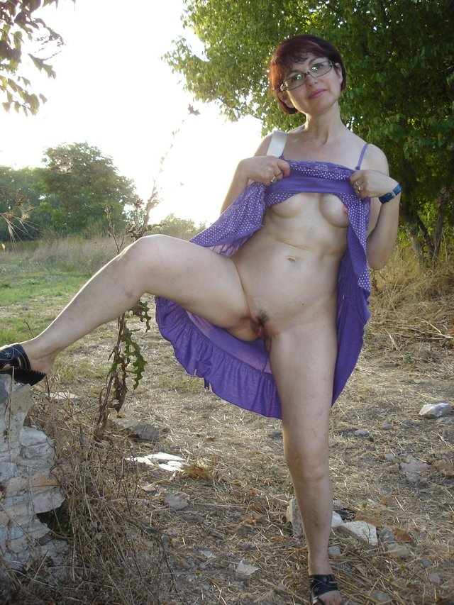 naked granny outdoors