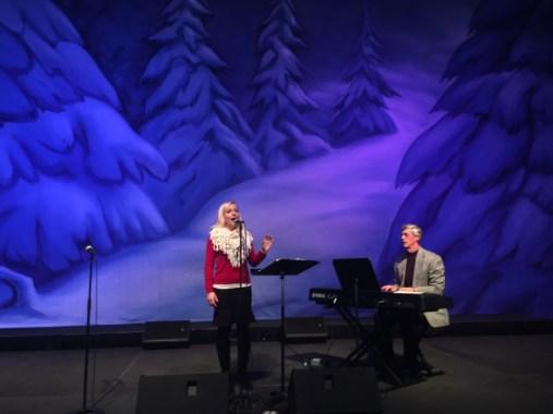 Jennifer and Terry - Mainstage at Christkindlmarkt