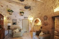 Trulli-Peppe-Puglia-Olivers-Travels