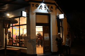Toasta & co - Street view