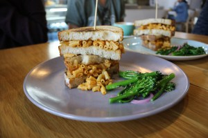 Prospect Espresso - Vegan mac and cheese toastie