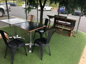 Froth & Grinds - Outdoor table