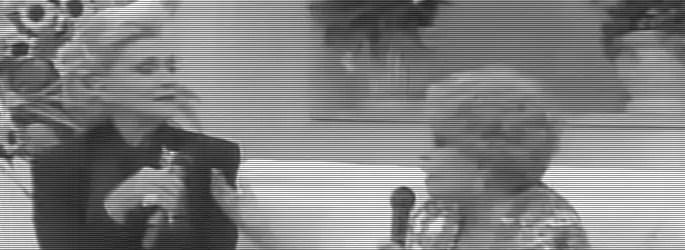 Relembrando o passado Dercy no programa da Hebe falando da Carla Peres