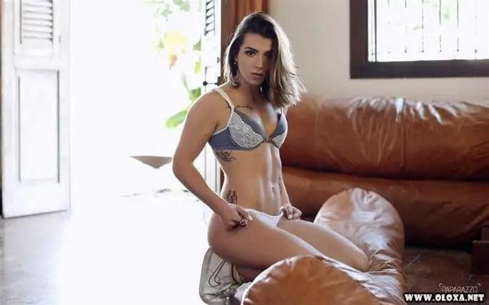 Petra Mattar nua no Paparazzo (22)